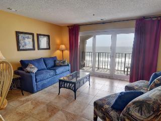 Villa Capriani 316-B Oceanfront | 3 Pools, Largest Pool on NC Coast, 2 Hot Tubs, Grill Area, Tennis Courts, Restaurant, Internet - North Topsail Beach vacation rentals