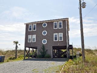 Ocean Drive 516 Oceanfront! | Hot Tub, Jacuzzi, Fireplace, Internet - North Topsail Beach vacation rentals