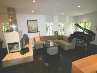 West Hollywood 2 Bedroom 2 Bathroom Hideaway (2683) - Los Angeles vacation rentals