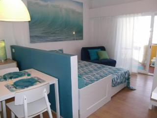 Light Equador - Costa de Lisboa vacation rentals
