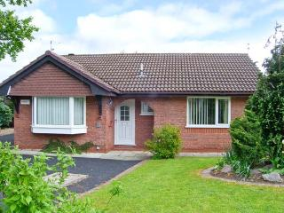 BREVE REST, ground floor accommodation, en-suite facilities, enclosed garden in Abergele, Ref: 12797 - Conwy County vacation rentals