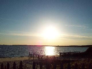 West Yarmouth /200 yards from ocean/ sleeps 6 - West Yarmouth vacation rentals