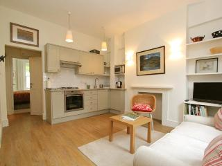 Caithness Road,  (IVY LETTINGS). Fully managed, free wi-fi, discounts available. - London vacation rentals