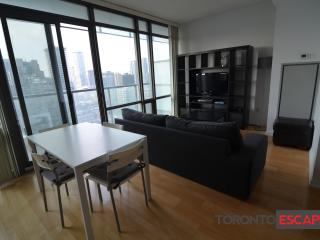 Ruby Red Suite - 1bdr + 1 bath - Downtown,Toronto - Toronto vacation rentals