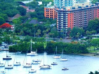 Magnificent Coconut Grove 1 Bedroom Condo - TMH1B2 - World vacation rentals