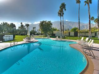 Greenhouse Two Bedroom #1123 - Palm Springs vacation rentals