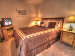 CM212AB Copper Mountain Inn Two Room Suite - Center Village - Summit County Colorado vacation rentals