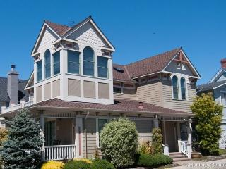 Gingerbread - Pacific Grove vacation rentals
