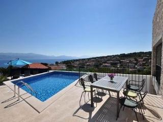 House with pool for rent, Sutivan, Island of Brac - Croatia vacation rentals
