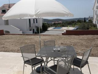 Gorgeous apartment for rent, Milna, Brac, apt. 2 - Croatia vacation rentals