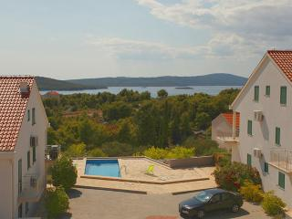 Gorgeous apartment for rent, Milna, Brac, apt. 7 - Milna vacation rentals