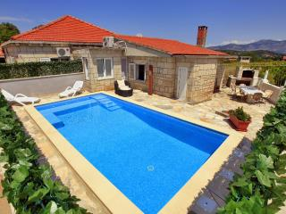 House with pool for rent, Zrnovo, Korcula - Croatia vacation rentals
