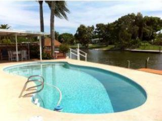 Pool - Awesome Waterfront Pool Home - Cocoa Beach - rentals