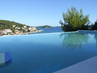 Cozy sea villa with a pool for rent, Pirovac - Sibenik-Knin County vacation rentals