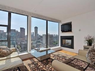 Downtown Vancouver 1 Bedroom Penthouse Condo in Coal Harbour Area - Vancouver Coast vacation rentals