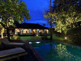 Cozy Spacious Villa in Umalas - Seminyak vacation rentals