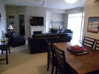 Excellent Family Condo by BEACH! - Kelowna vacation rentals