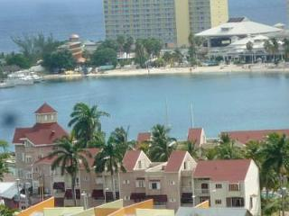Beach apartment  Fishermans point  Ocha Jamaica - London vacation rentals