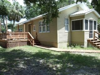 Cozy & Comfortable House Near Gulf of Mexico - Inglis vacation rentals