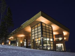Crescendo at Big White (unparalleled excellence) - Big White vacation rentals