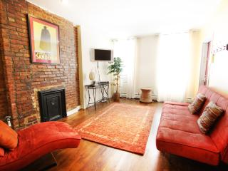 GORGEOUS 1 BEDROOM FLAT IN MANHATTAN - Manhattan vacation rentals