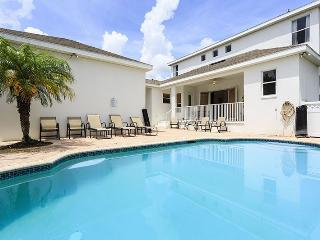 Relax in Reunion - 5 Bed Reunion Villa with Large Pool - Reunion vacation rentals