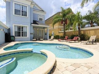 Reunion Escape - Stunning 5 Bed Pool Villa with Outstanding Golf Views - Reunion vacation rentals