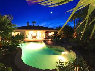 'Mosaic' Resort-Style Yard, Pool & Spa, Ping Pong - La Quinta vacation rentals