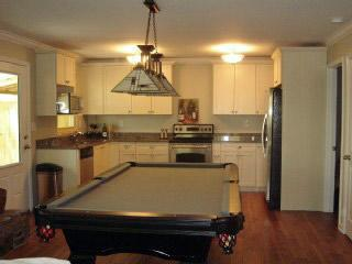 Cute Condo on lake with dock, pool table & Bar! - Gainesville vacation rentals