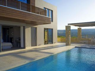 Villa Harmony,cretan luxury living in Kasteli - Chania vacation rentals