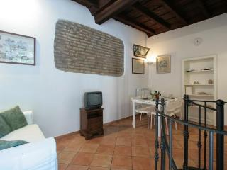 ROMANTIC TRASTEVERE - Lazio vacation rentals