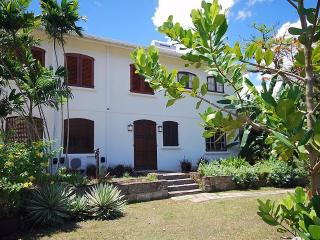 Cee Cee Studio Apartment on Gorgeous West Coast - Gibbes vacation rentals