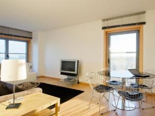 Flat - Expo Panoramic 2 - Costa de Lisboa vacation rentals