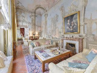 Maggio Palace - Windows on Italy - Florence vacation rentals