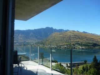 Goldrush Glory Holiday Home #2 - Queenstown NZ - Queenstown vacation rentals