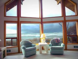 Ocean Front Home on Miles of Sandy Beach! - Yachats vacation rentals