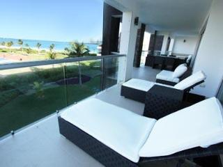 Spacious 4 Bedroom Ocean View Condo - Christian - Playa del Carmen vacation rentals