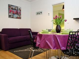 Modern flat up to 4 guests - Montmartre Paris3 - United States vacation rentals