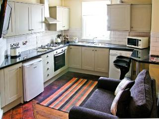 BROOKES APARTMENT, romantic base, town centre location, great walking, in Much Wenlock, Ref 21200 - Much Wenlock vacation rentals