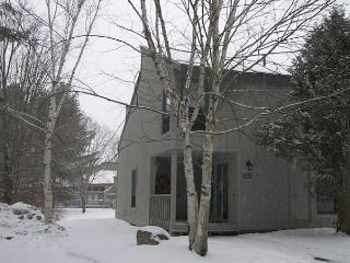 Lincoln Station 35-1 Professionally Managed by Loon Reservation Service - Lincoln vacation rentals