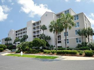 Refreshing Condo Located at Magnolia House in Destin Pointe - Destin vacation rentals