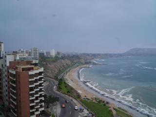 Oceanfront with outrageous views! on the Malecon - Lima vacation rentals
