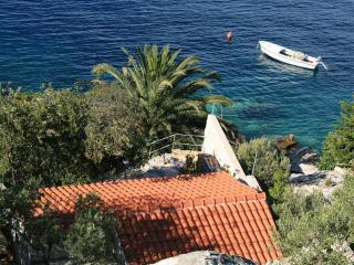 Seafront villa for rent, Hvar - Split vacation rentals