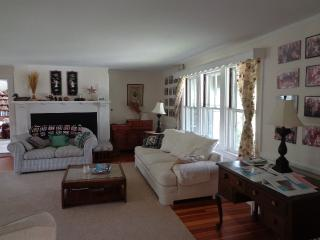 15 Grayton 114559 - Hyannis Port vacation rentals