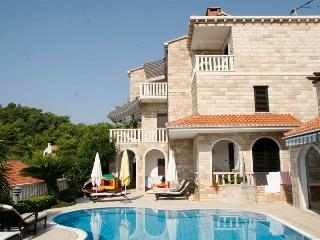 Villa with a pool for rent, Sumartin, Brac - Selca vacation rentals