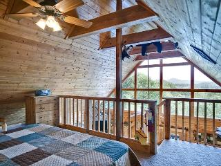 BEAR PAUSE - Tennessee vacation rentals