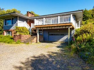 Secluded Ocean View Vacation Rental - Depoe Bay vacation rentals