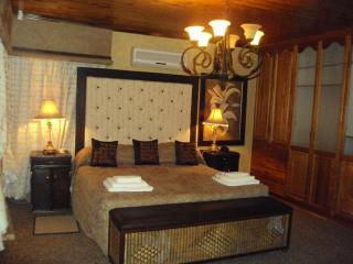 Lentha' Lodge - Bloemfontein vacation rentals