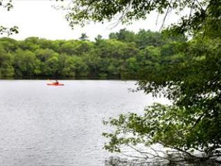 SERENE ROUND POND ~ - FRESH WATERFRONT!! PET FRIENDLY!! BEACH PASS! 114502 - Marstons Mills - rentals