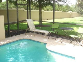 Windsor Hills END UNIT Townhouse With Green Space! - Kissimmee vacation rentals
